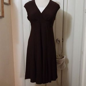 R&M RICHARDS brown empire waist dress